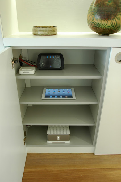 The Sonos audio system includes an iPod dock and can be controlled wirelessly from an iPad or smartphone. Connected to the Internet via the broadband hub the Sonos system has access to a vast library of radio stations from across the world, as well as a selection of music services.